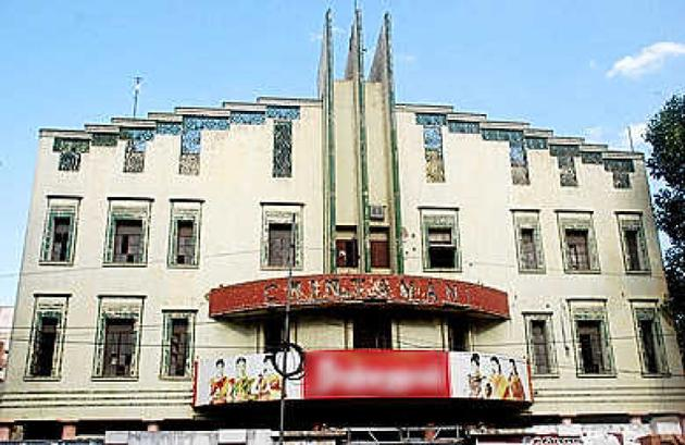 famous dinamani theater in madurai_classiblogger_image