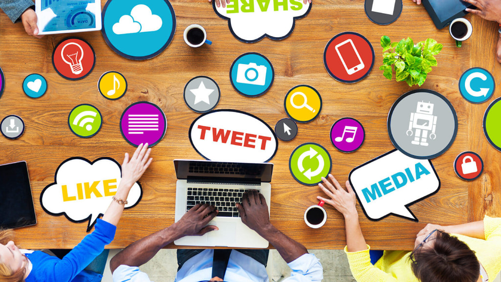 10 Tips How to Use Your Social Media While Blogging classiblogger