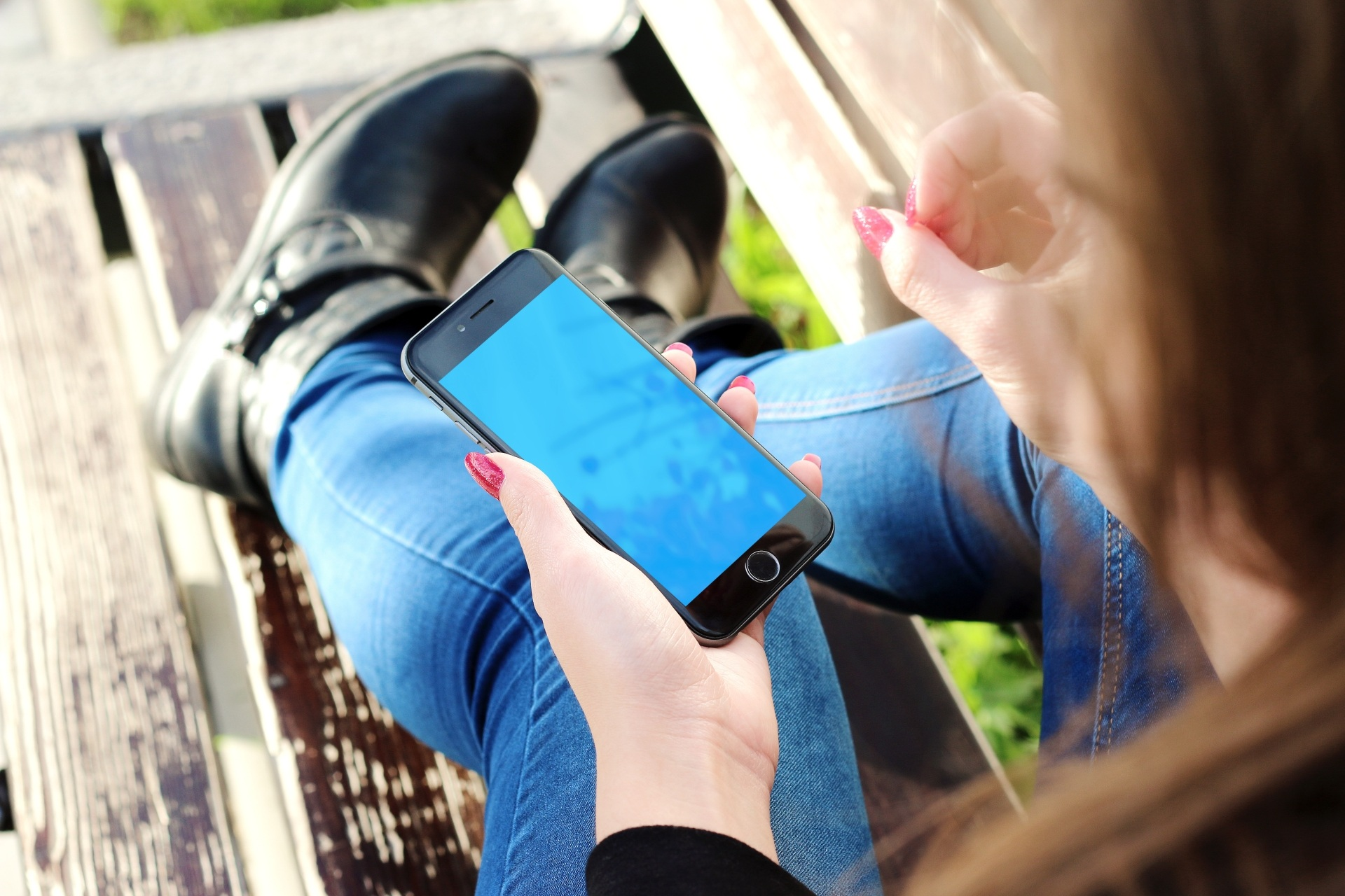 going to study abroad 10 useful apps to
