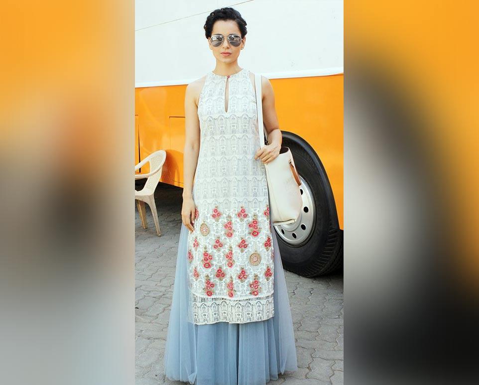 7 Stylish Ways to Wear Long Kurtis this Season-Lehenga-Look-classiblogger