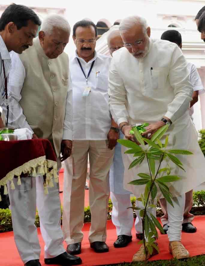 Narendra Modi_classiblogger_blogger from madurai 3