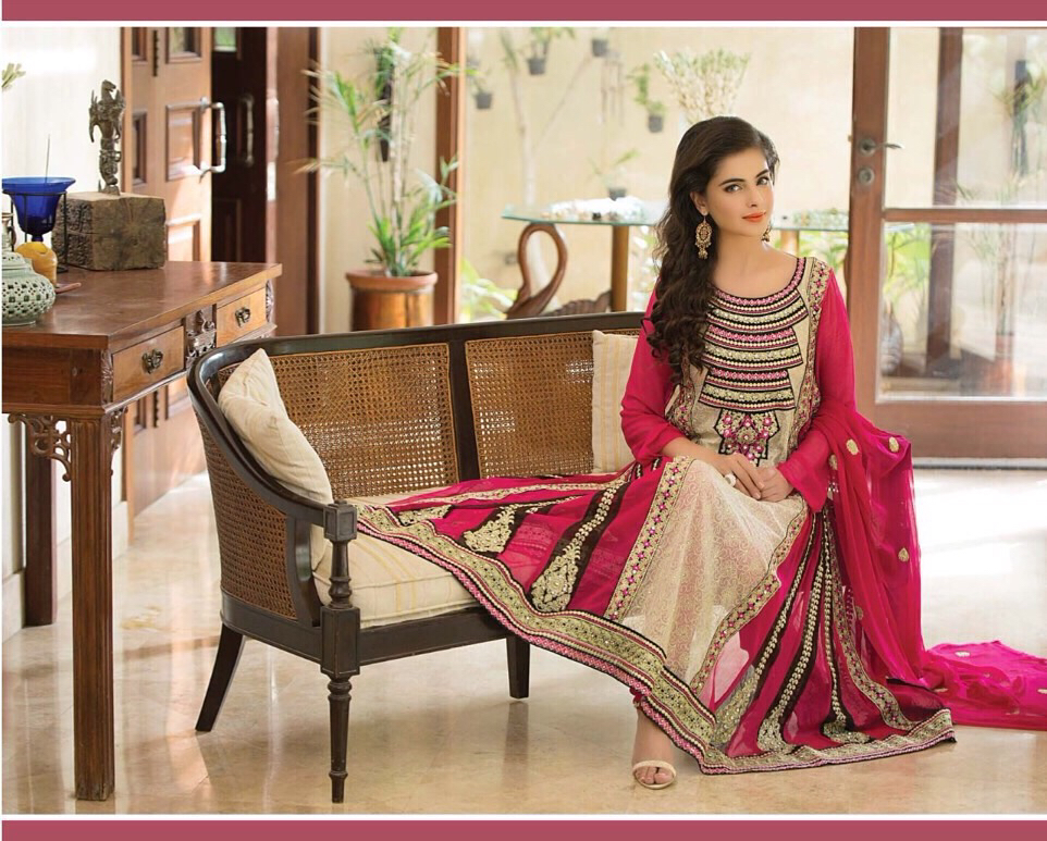 Top 5 Design of Pakistani Salwar Kameez_classiblogger