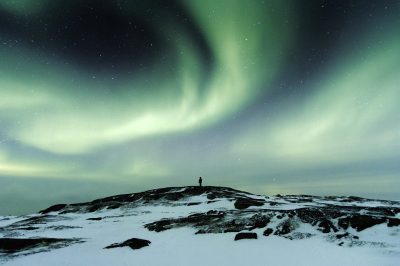 3 Best Countries for Holidays to See the Northern Lights-classiblogger