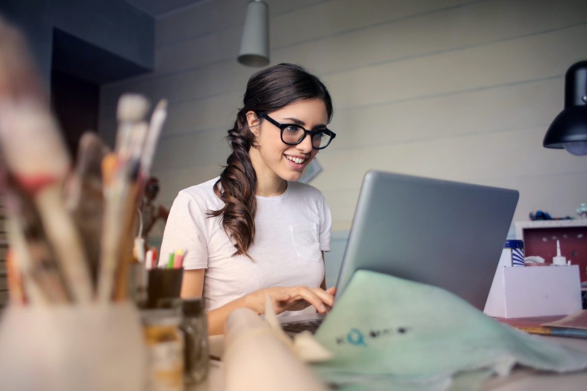Easy ways for Freelancers to Make Money from Home