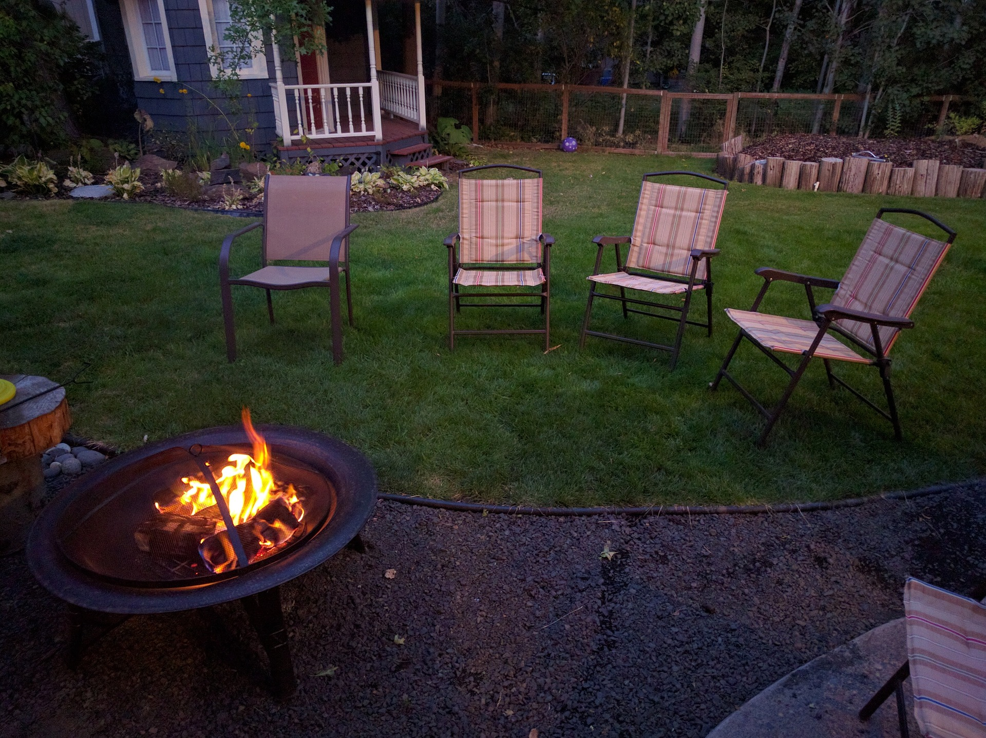 Get The Finest Fire Pit Cover To Avoid Future Accidents From Taking Place